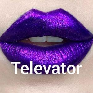 BNIB Kat Von D Everlasting Glimmer Veil TELEVATOR